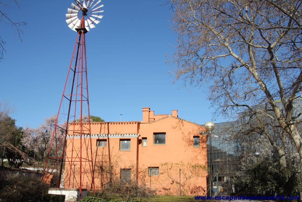 molino y casa del reloj