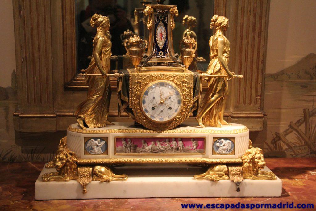 Reloj de las Porteadoras
