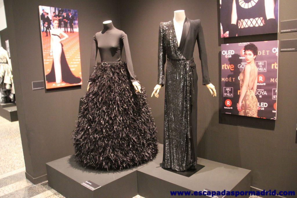 Parte de la exposición Las Costuras Femeninas de la Moda de España
