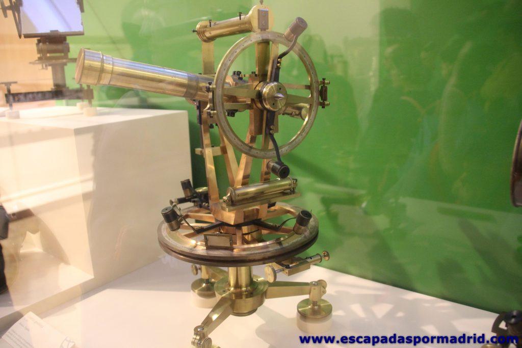 foto de Teodolito Geodésico de Segundo Orden