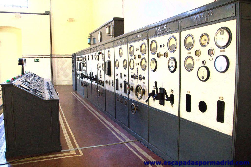 foto del Cuadro Eléctrico de Mando y Control de la Nave de Motores