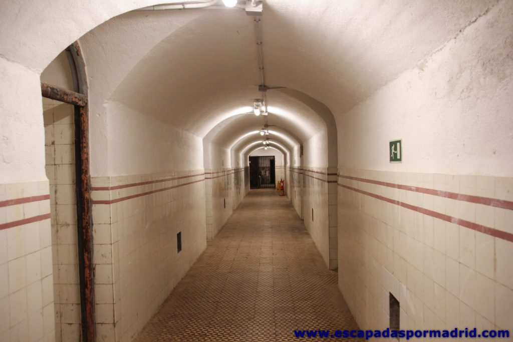 foto de pasillo del Búnker del Capricho