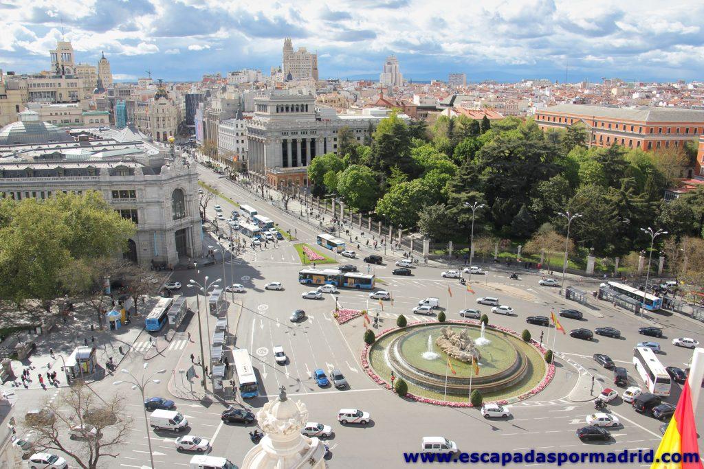 foto de la Plaza de Cibeles desde el Palacio de Comunicaciones