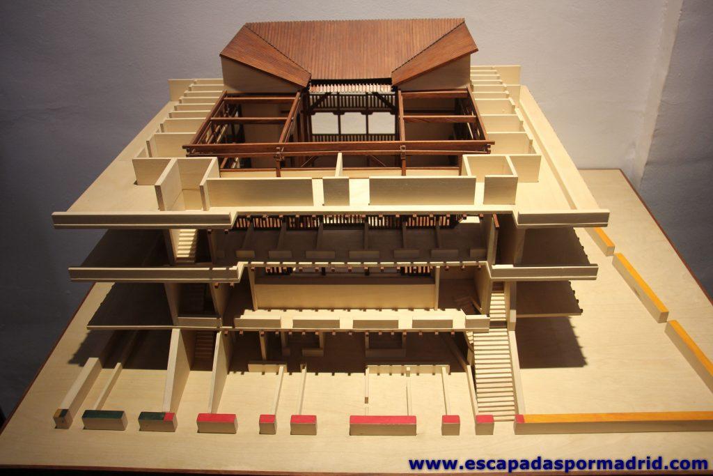 foto de la maqueta del Teatro del Príncipe
