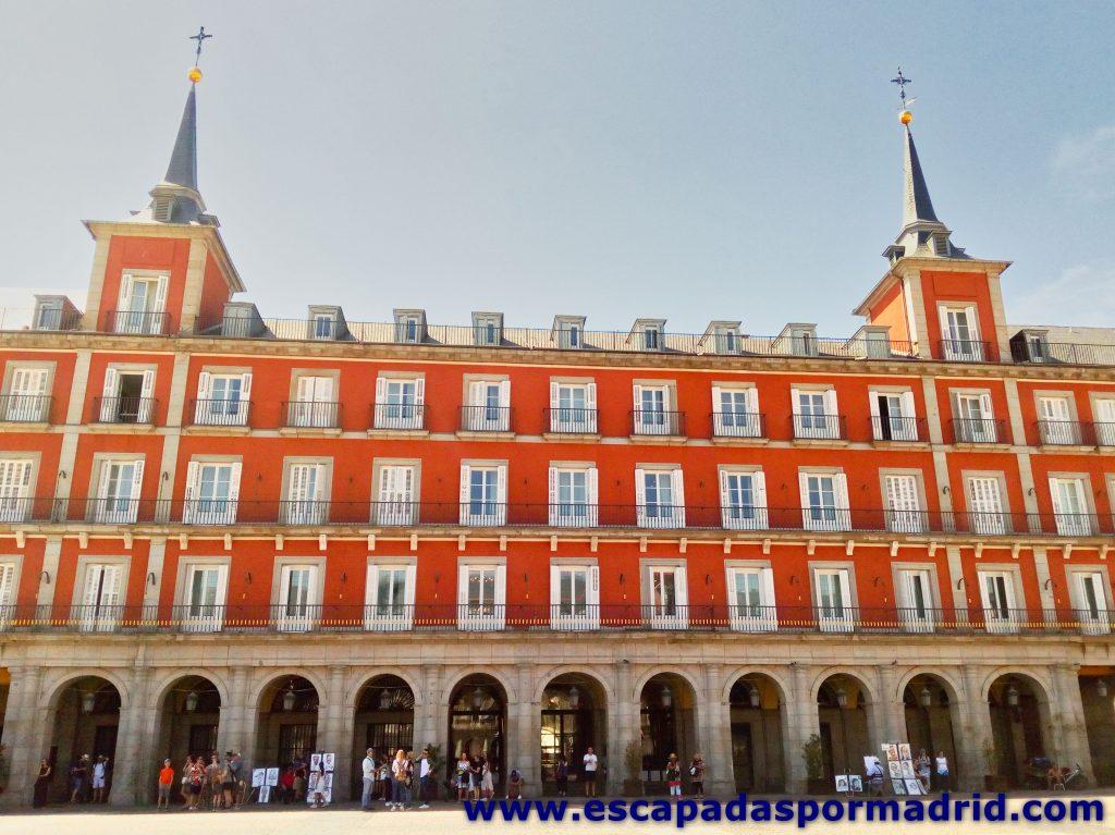 foto de la Casa de la Carnicería de la Plaza Mayor de Madrid