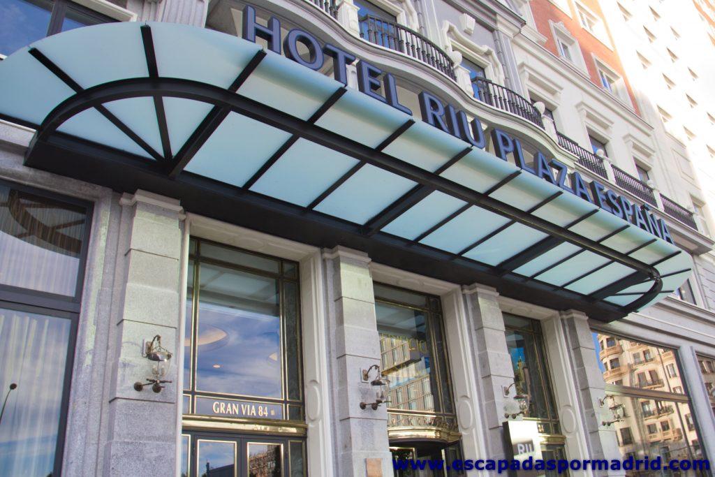 foto de la Entrada al Hotel Riu Plaza de España