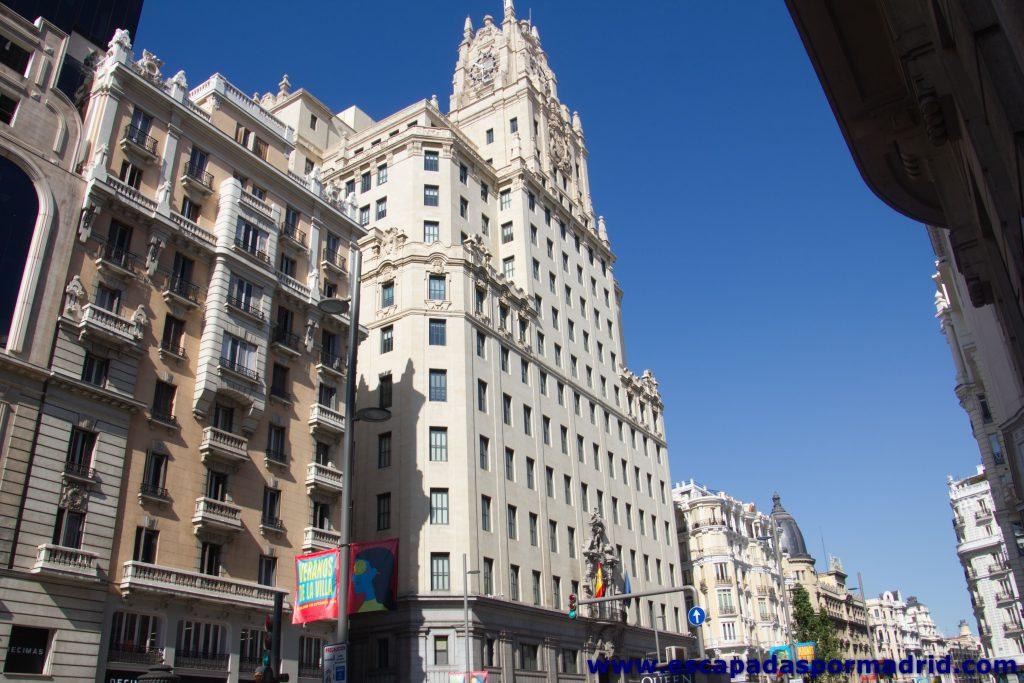 foto del Edificio Telefónica en la Gran Vía de Madrid