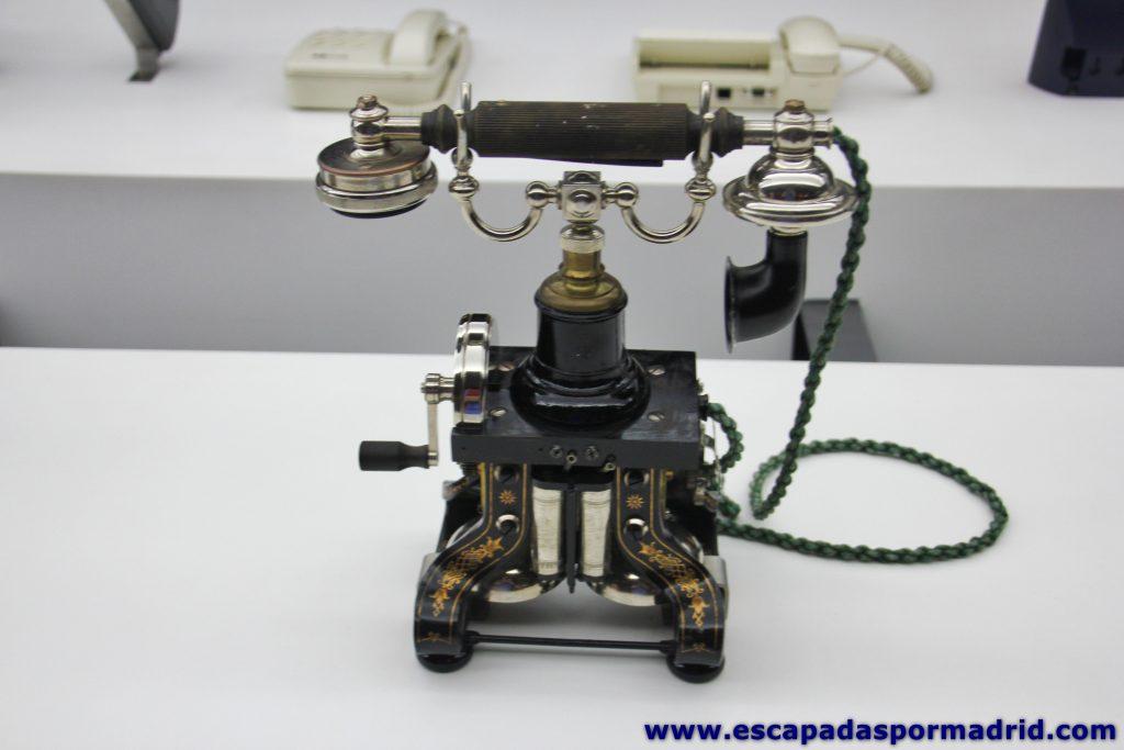 foto de Primeros Teléfonos (modelo skeleton)