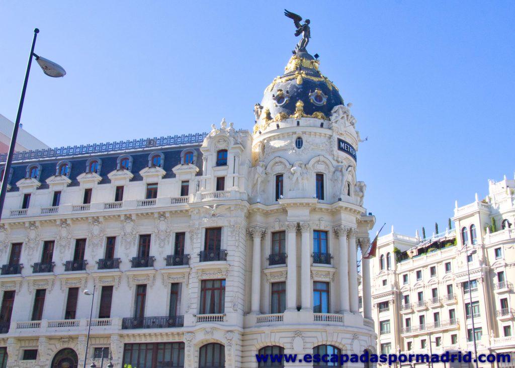 foto de Fachada del Edificio Metrópolis que da a la Calle Alcalá