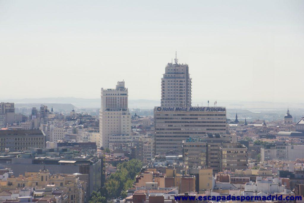 foto del Edificio España y Torre de Madrid