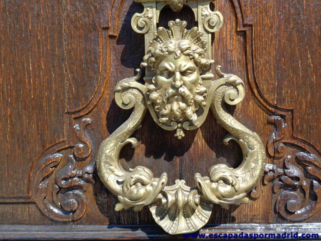 foto de la Aldaba de una de las puertas