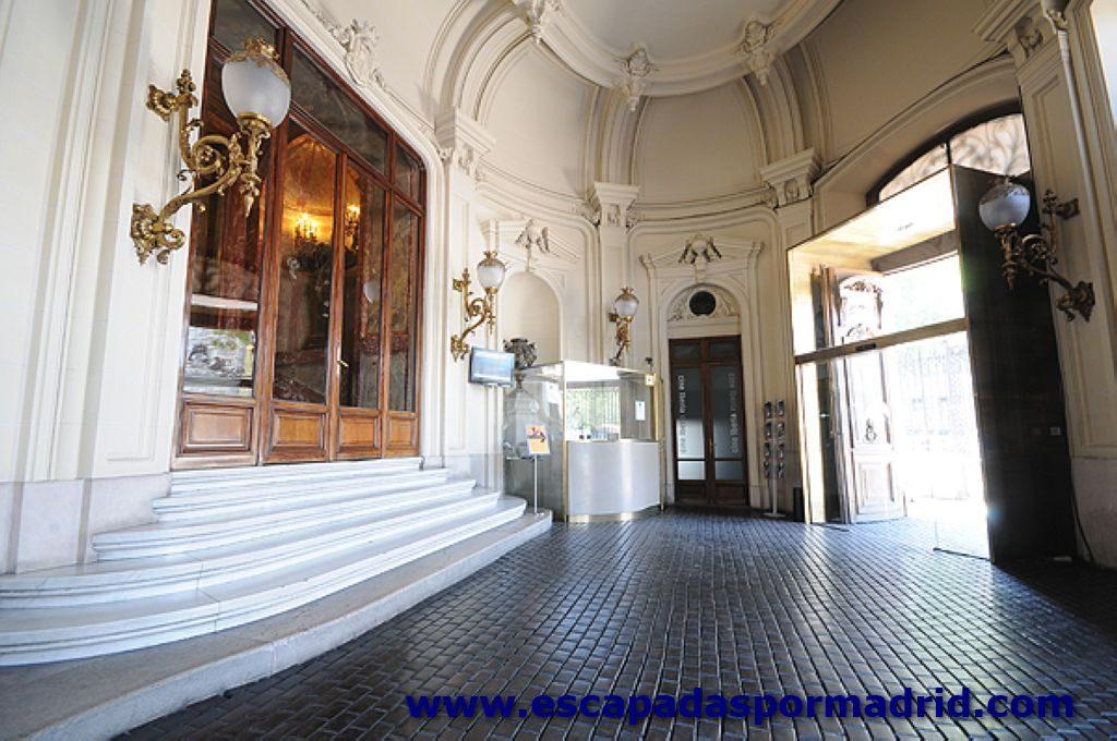 foto del Vestíbulo de entrada al Palacio
