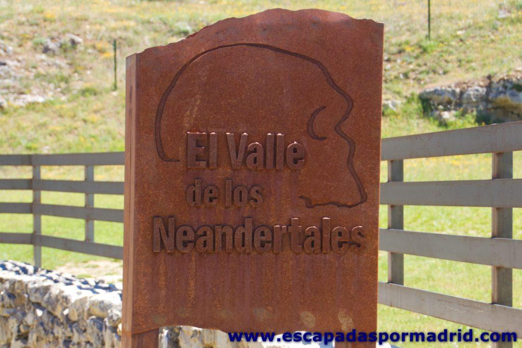 foto del Valle de los Neandertales (Pinilla del Valle)