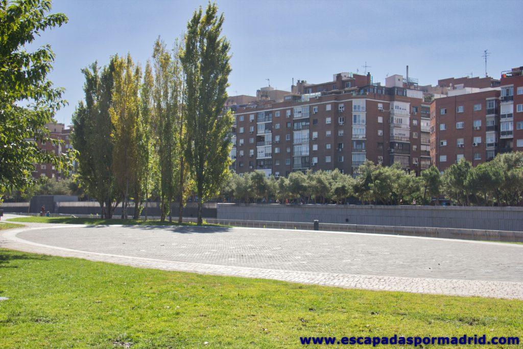 foto de la Playa de Madrid Río (chorros de agua)